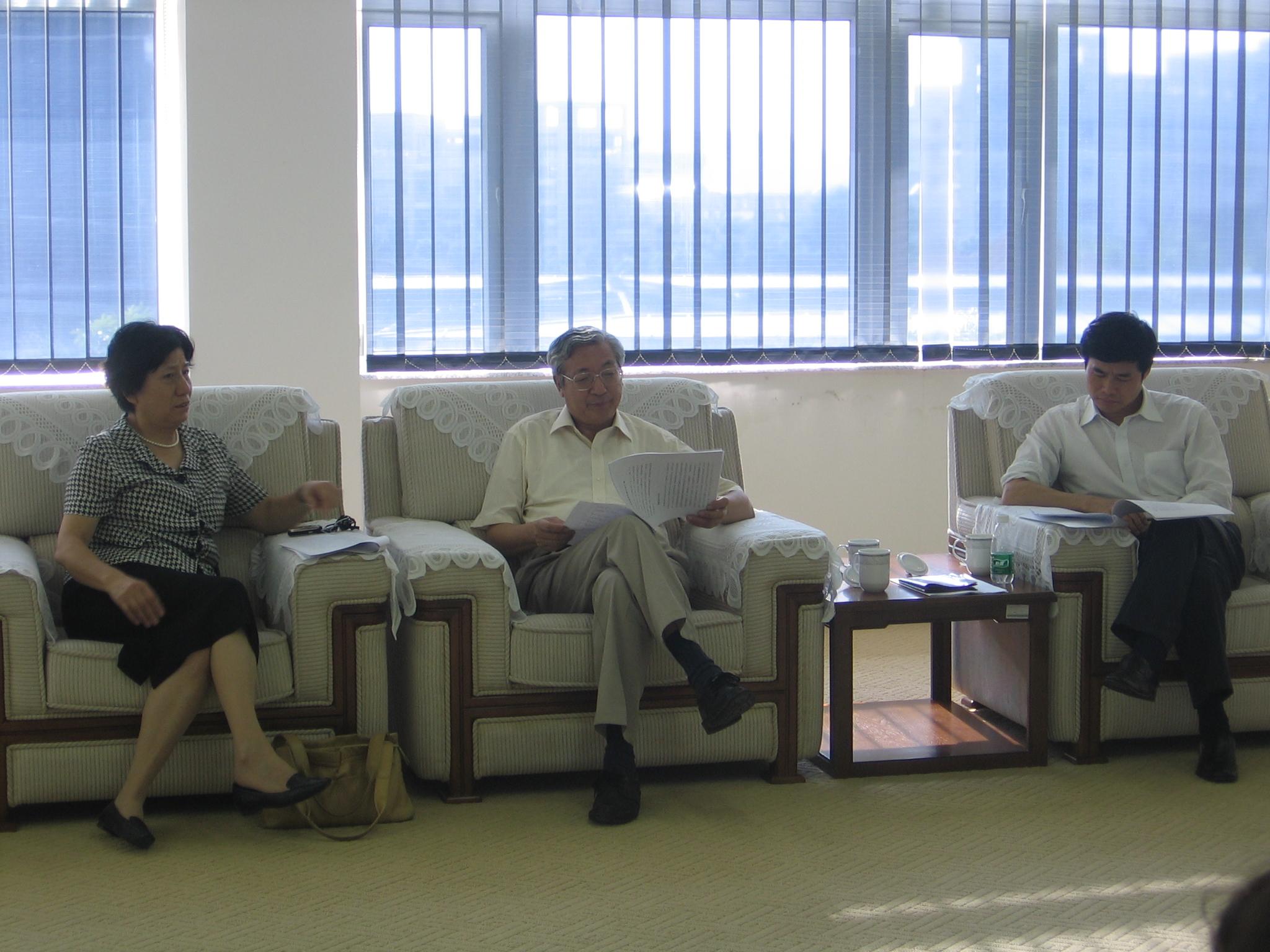 许智宏校长视察深圳研究生院