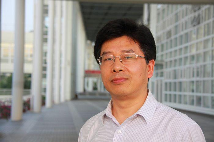 院长访谈录:做区域产业发展的引领者——专访信息工程学院副院长张盛东