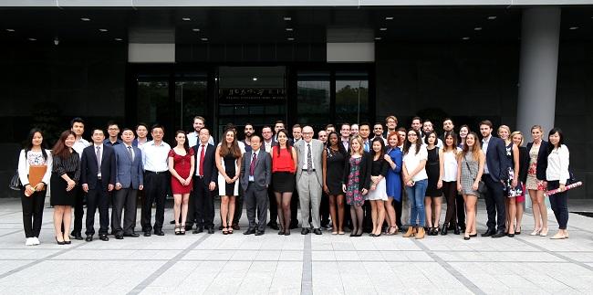 《中国研究》教学课程受到国际学生的欢迎