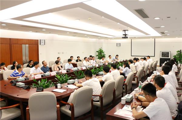 北京大学博士生服务团赴深圳调研