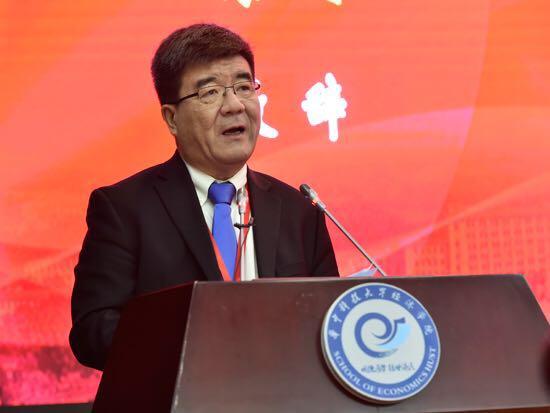 海闻 : 中国经济学年会推动经济改革发展