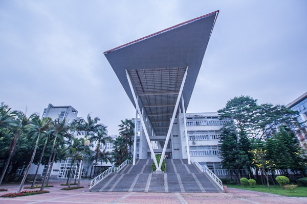 【十五周年院庆·发展记】信息工程学院:建无愧于信息时代的信息学院