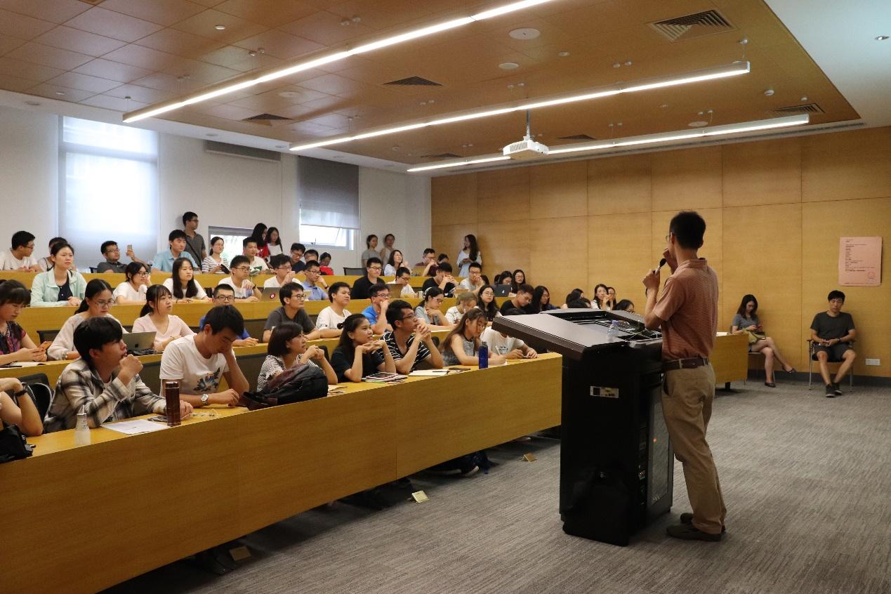 研究生院培养办公室老师来4166am备用进行业务培训和讲座交流