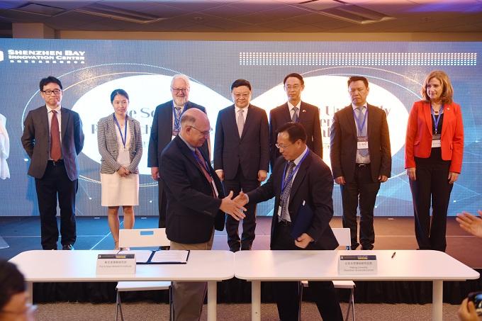 北京大学深圳研究生院与美国斯克里普斯研究所签约,将共建转化医学研究所、共同开展新药研发