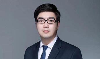 国际法学院2015届校友丁丁获2020年CLECSS十大杰出青年法律人并接受采访